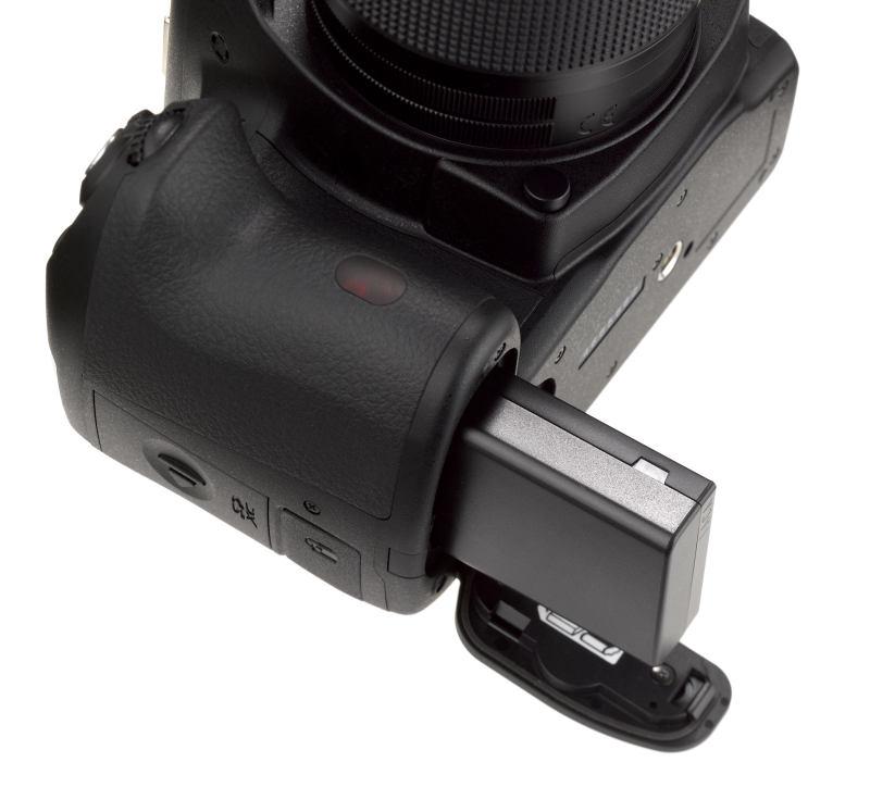 Pentax K-50 Black + DAL 18-55 WR + DAL 50-200 WR